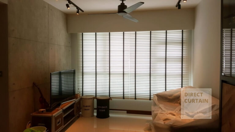 venetian blinds in living room