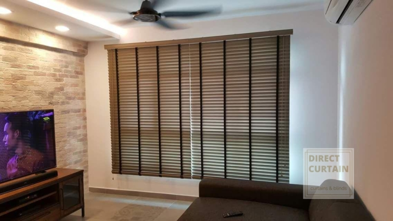 pcv venetian blinds in wooden colour