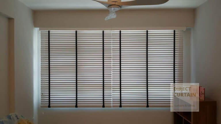 White-Venetian-Blinds-Singapore-Homes-photo