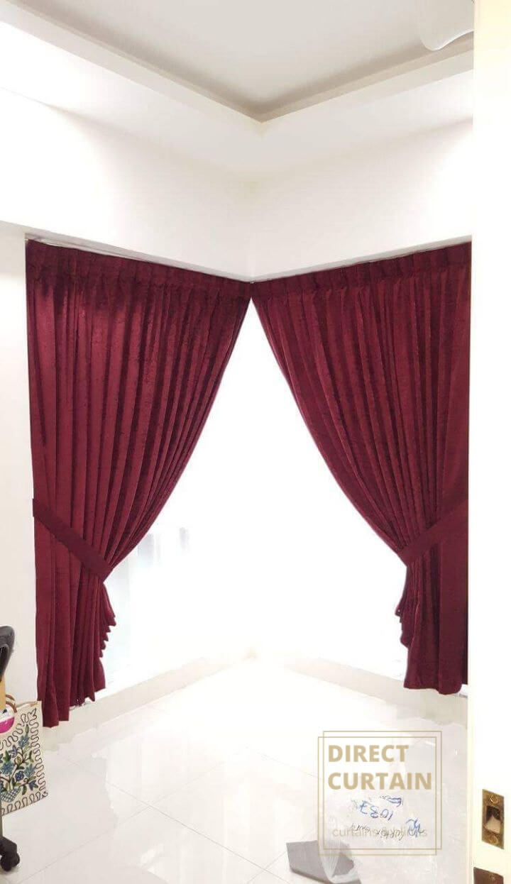 Red night curtains