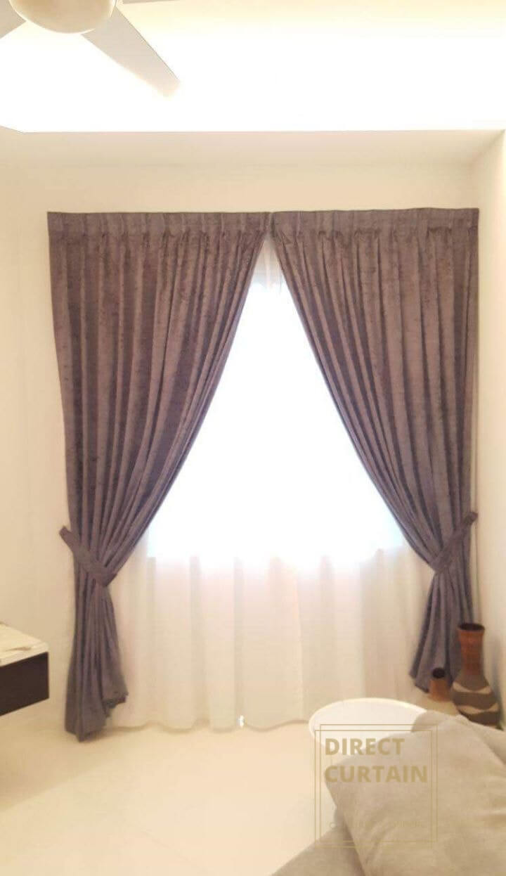 Brown night curtains