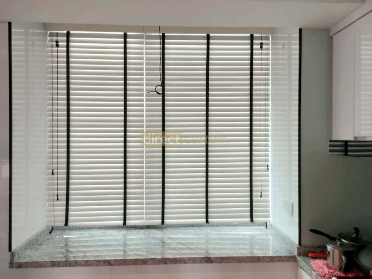 Timber Venetian Blind   Matt White 12mm