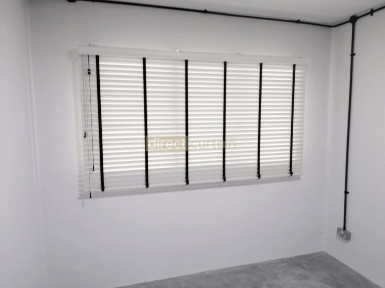 Fauxwood (PVC) Venetian Blind - Bright White 50mm - 1