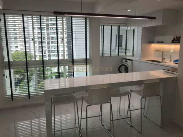 Venetian blinds in Dining and Kitchen