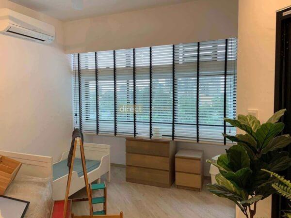 bright white venetian blinds common room