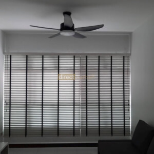 venetian blinds mist colour in punggol living room