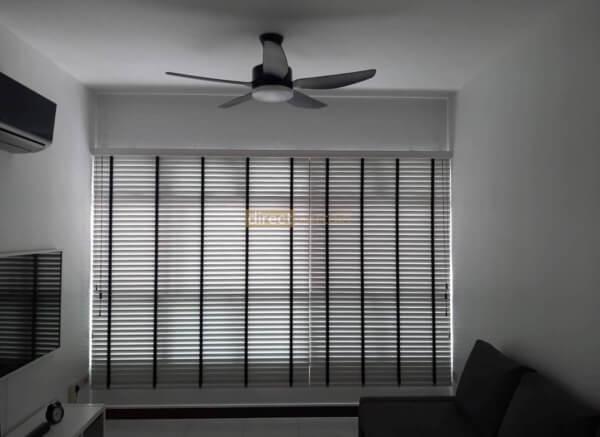 venetian blinds mist colour in punggol living room
